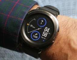 Update for Samsung Gear Sport helps with battery drain